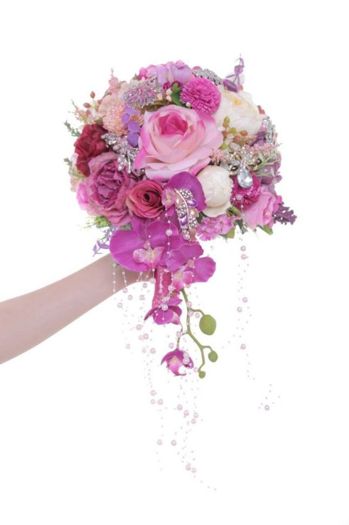 ENCHANTED WEDDING BOUQUET by LUX floral design - 026