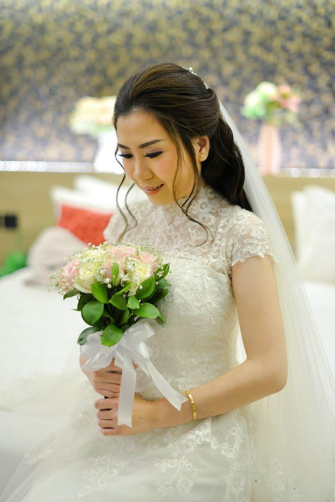 The Wedding of Felik & Shella  by Favor Brides - 010