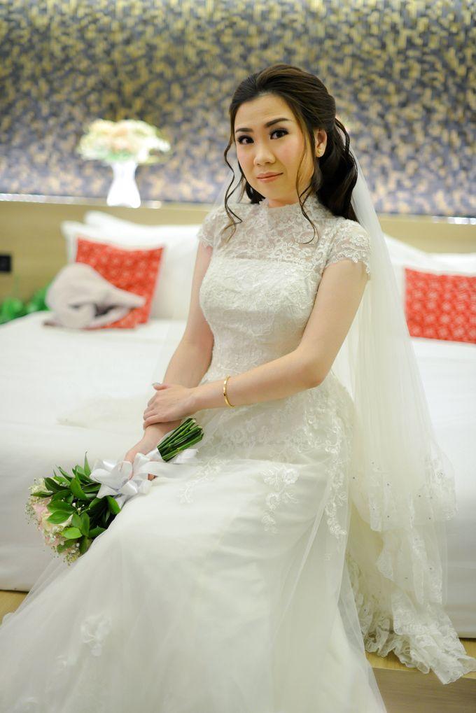 The Wedding of Felik & Shella  by Favor Brides - 012