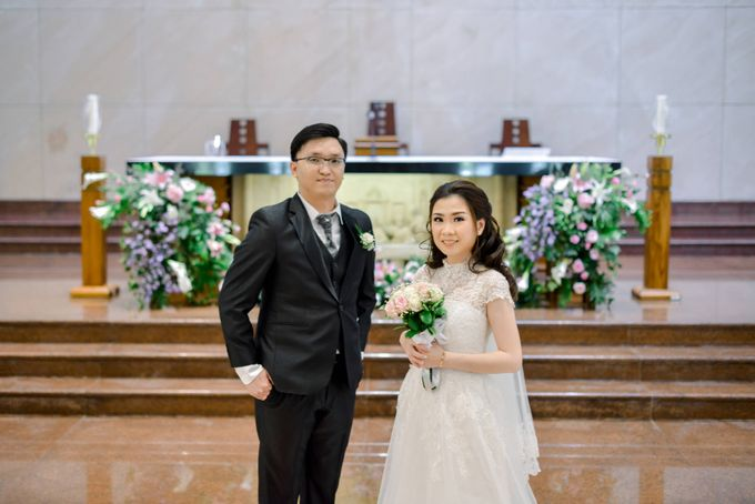 The Wedding of Felik & Shella  by Favor Brides - 018