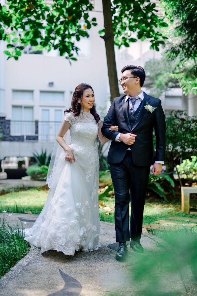 The Wedding of Felik & Shella  by Favor Brides - 020