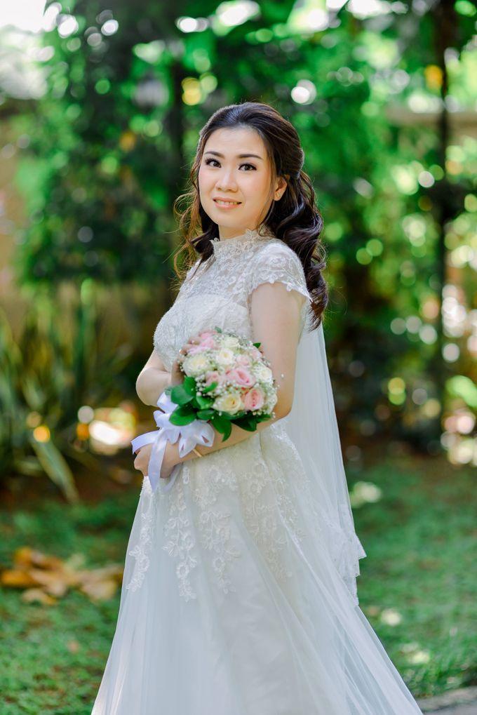 The Wedding of Felik & Shella  by Favor Brides - 005