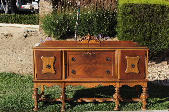 Vintage furniture, decor and props by Celebrations in Time - 006