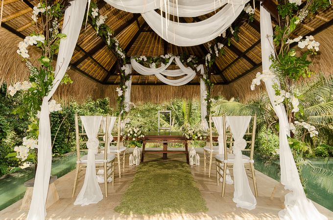 Wedding at The Hidden Palace by Hanging Gardens of Bali - 001