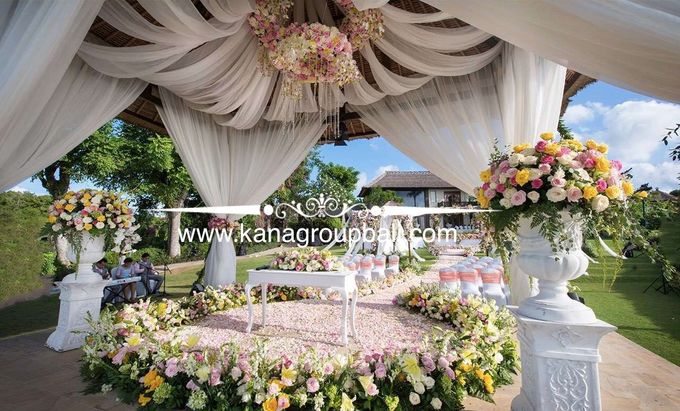 Ayana villa wedding by bali wedding decoration bridestory add to board ayana villa wedding by ayana resort and spa bali 005 junglespirit Images