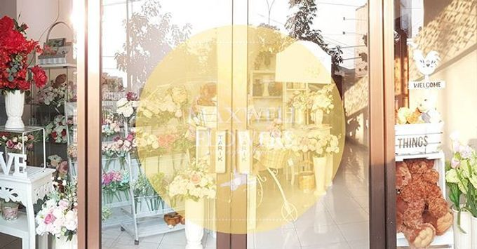 Store by Maxwell Flowers - 001