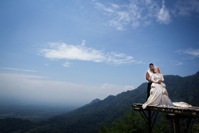 Preweding Edy & Dian by R A Picture - 001