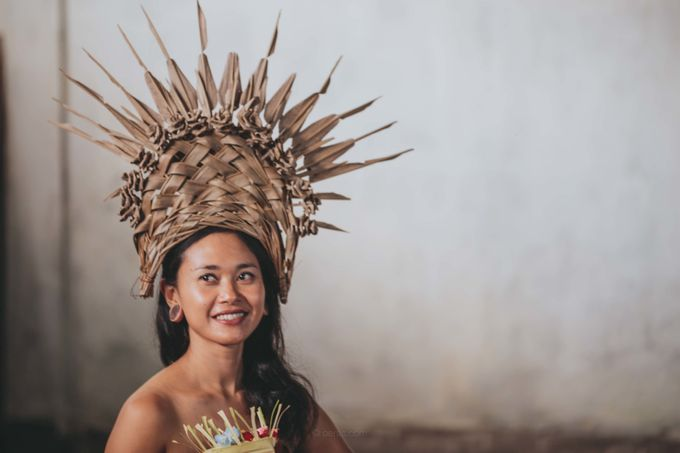 Wedding Headdresses by Make A Scene! Bali - 016
