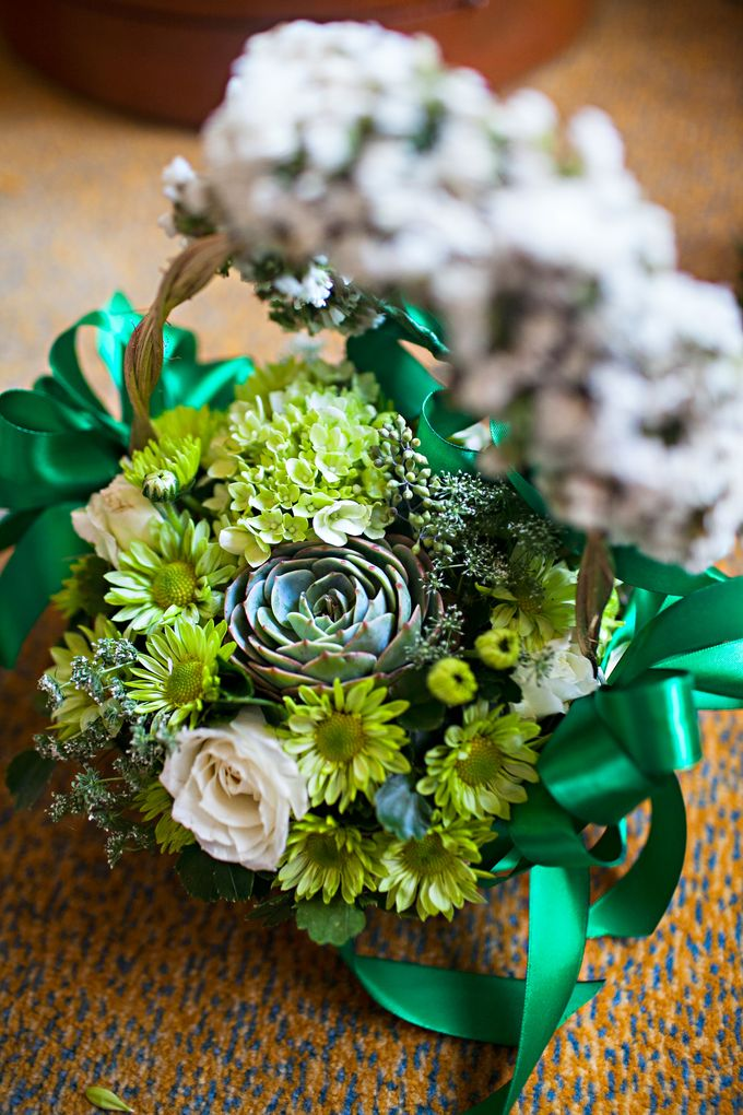 Entourage Flowers by Natural Art Flowers and Decors - 011