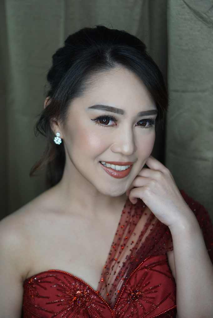 Engagement for Sisca  by Chesara Makeup - 002