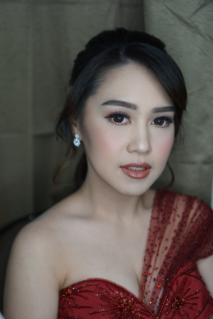 Engagement for Sisca  by Chesara Makeup - 001