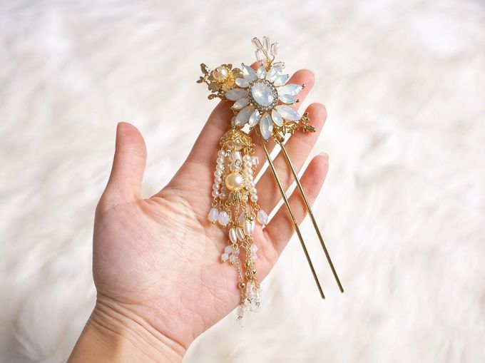 Catalog - Chinese Hairpiece SS/18 by NOMA Jewelry & Accessories - 020