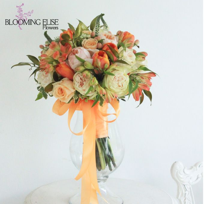 Wedding bouquet 2nd Album (check our 1st wedding bouquet album) by Blooming Elise Flowers - 029