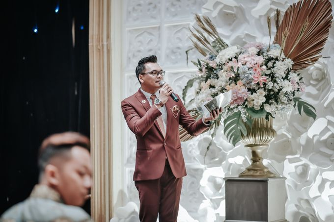 Debby & Bangun Wedding by HENRY BRILLIANTO - 017