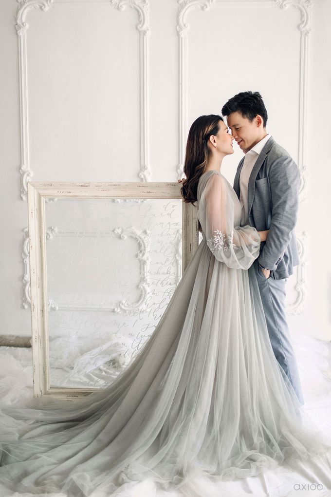 Together With You Is My Favorite Place to Be - The Prewedding and Wedding of Christian and Lusiana by Aha by Axioo - 024