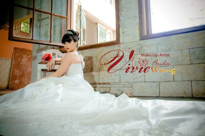 BEFORE AND AFTER by Vivie Wang Brides - 002