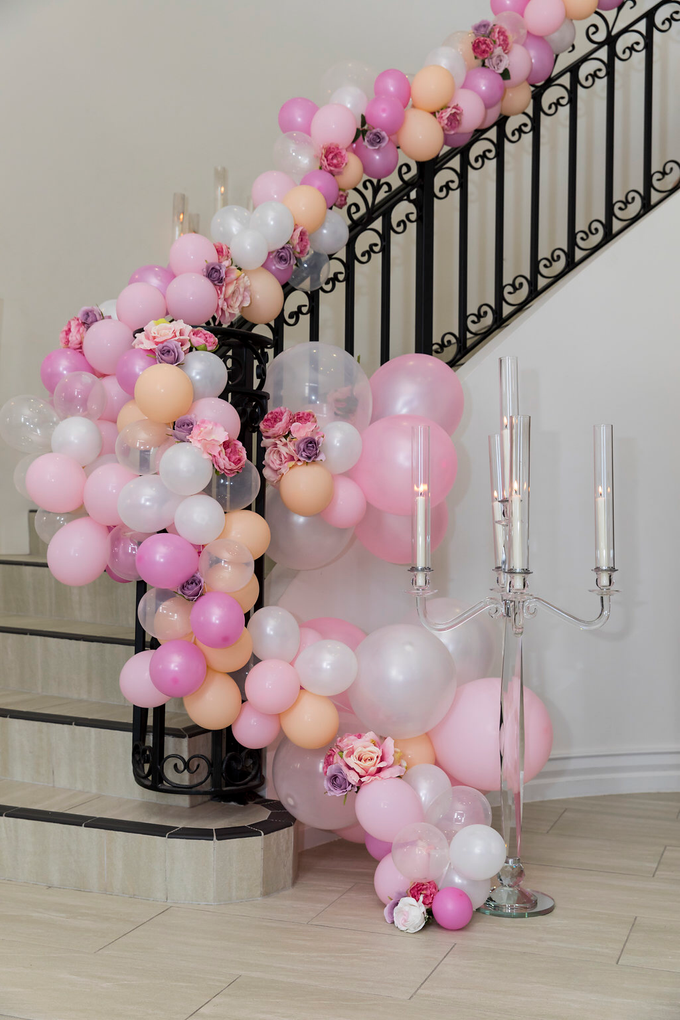 Staircase Balustrade by Cinders Balloons - 001