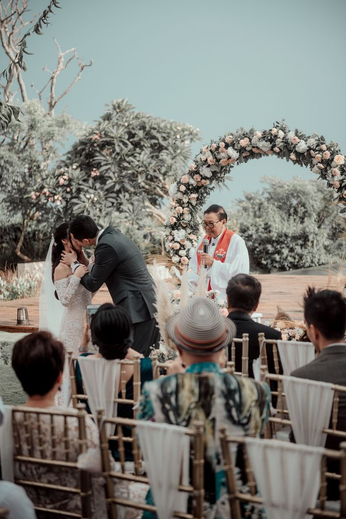 The Wedding of Paulina & Kevin by Bali Eve Wedding & Event Planner - 025