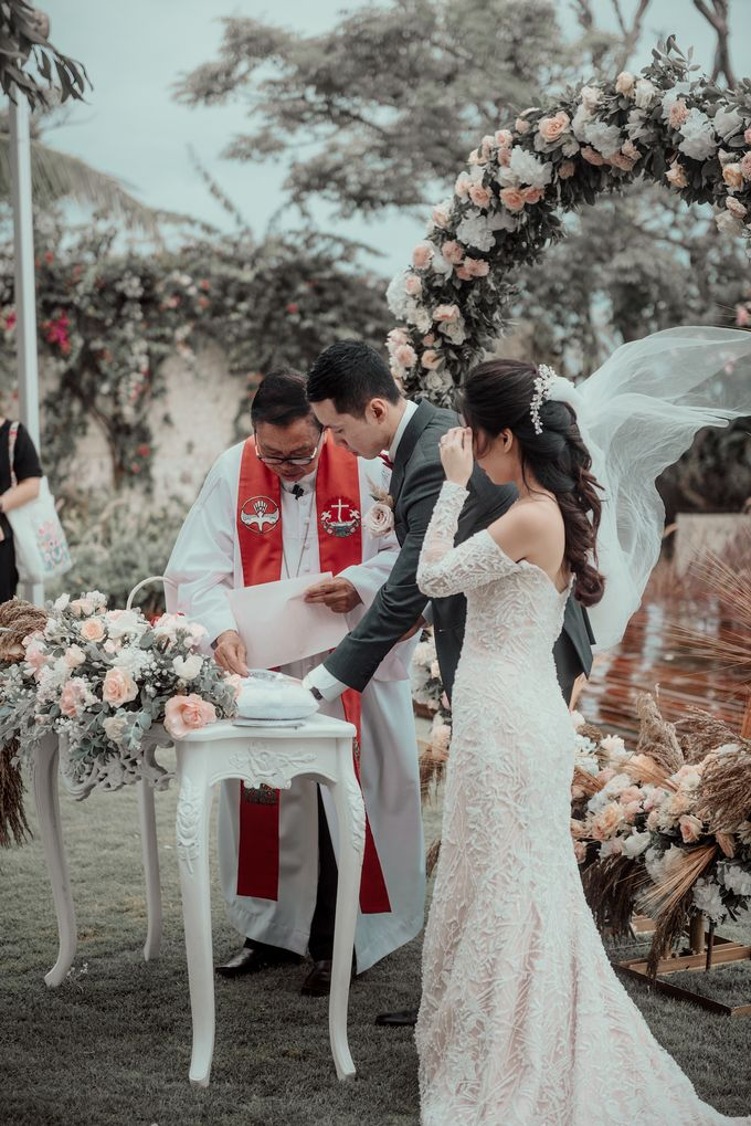 The Wedding of Paulina & Kevin by Bali Eve Wedding & Event Planner - 023
