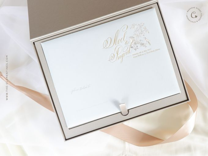 Noel Ingrid Vvip Invitation Box By The Clementines Bridestory Com