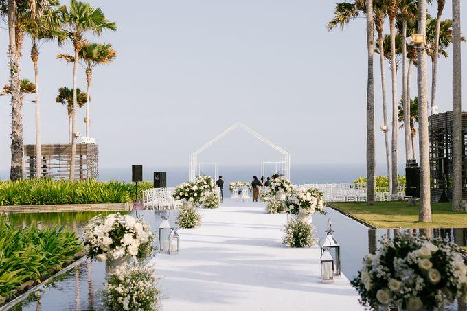 THE WEDDING OF CLEO & ANGELA by Alila Villas Uluwatu - 003