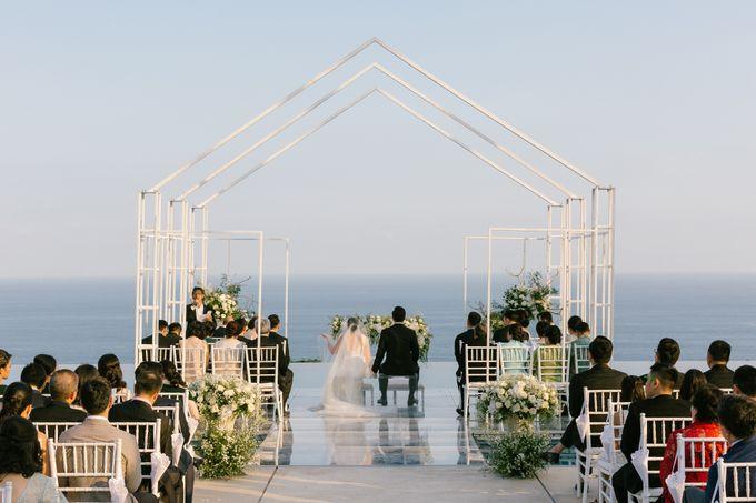 THE WEDDING OF CLEO & ANGELA by Alila Villas Uluwatu - 010