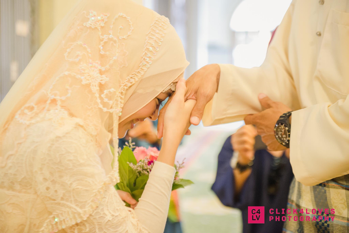 Malay Akad Nikah Wedding Ceremony by Click4Loves Photography - 002