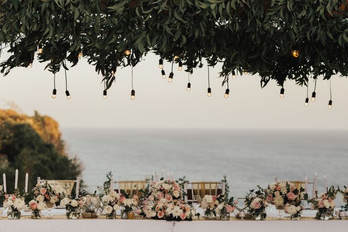 Alluring Cliff Top Oceanview Wedding in Bali by Bali In Motion - 041