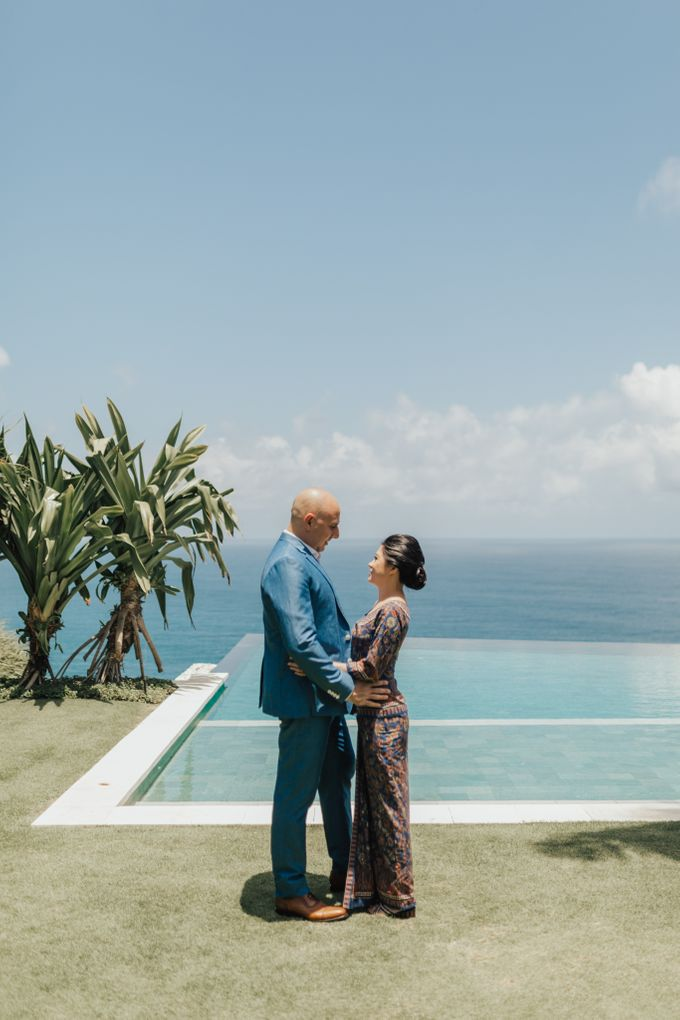 Alluring Cliff Top Oceanview Wedding in Bali by Bali In Motion - 013