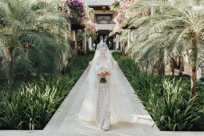 Alluring Cliff Top Oceanview Wedding in Bali by Bali In Motion - 027