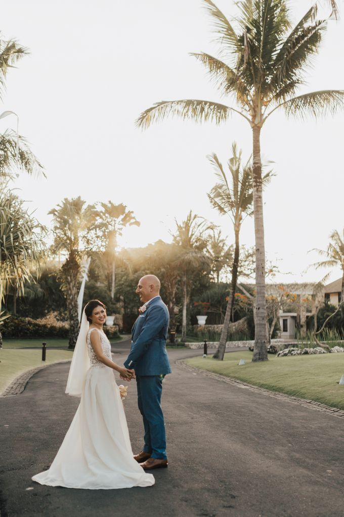 Alluring Cliff Top Oceanview Wedding in Bali by Bali In Motion - 034
