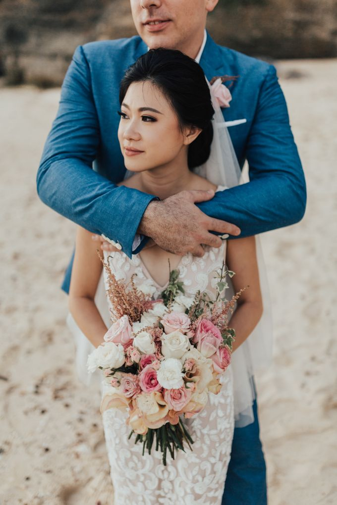 Alluring Cliff Top Oceanview Wedding in Bali by Bali In Motion - 037