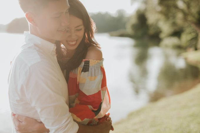 Clinton & Claire - Nanyang Polytechnic Engagement Shoot by Pixioo Photography - 036
