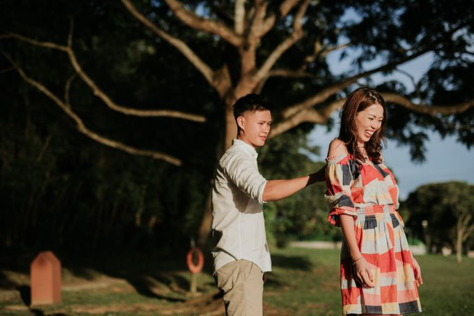 Clinton & Claire - Nanyang Polytechnic Engagement Shoot by Pixioo Photography - 041