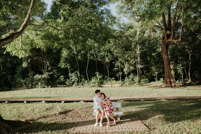 Clinton & Claire - Nanyang Polytechnic Engagement Shoot by Pixioo Photography - 034