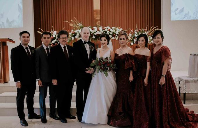 Ron & Debbie's Wedding by Cloche Atelier - 006
