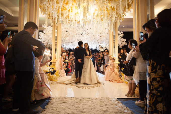 Kevin & Marisa's Wedding by Cloche Atelier - 004