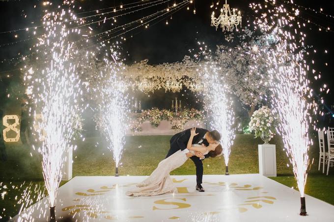 Romantic Glamorous Wedding by Cloris Decoration & Planner - 002