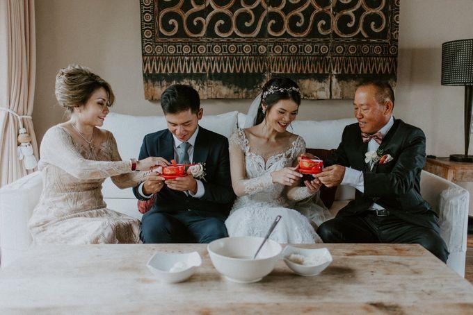 Clement & Leoni Cliff Side Wedding in Uluwatu by Khayangan Estate - 026