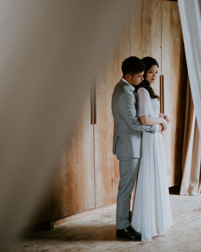 Clement & Leoni Cliff Side Wedding in Uluwatu by Khayangan Estate - 038