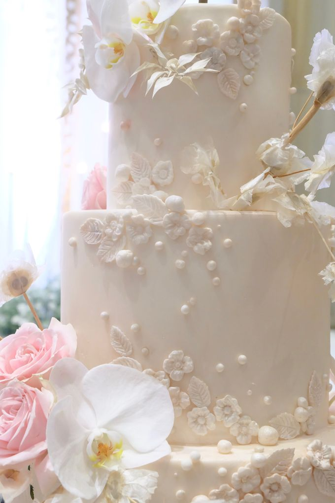 The Wedding of Jeremiah & Teresia by KAIA Cakes & Co. - 008