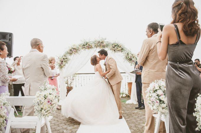 Glenn-Coco Nunis Wedding by Paoie Minerales Hair & Makeup - 011