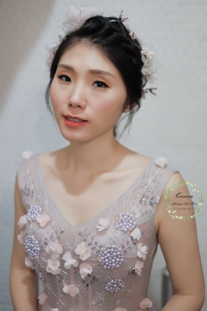 Snowy BatAm Wedding day by Cocoon makeup and hair - 004