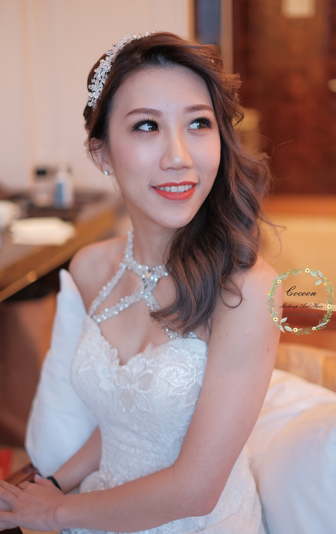 Bride Hazel by Cocoon makeup and hair - 001