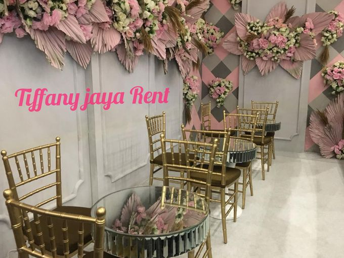 Tiffany Gold Kayu by TIFFANY JAYA RENT-KURSI TIFFANY - 001