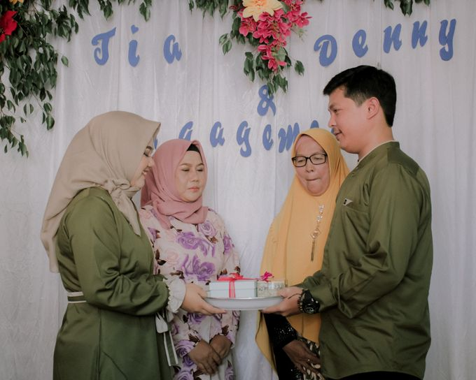 The Engagement of Denny & Tia by Fazz Project - 006