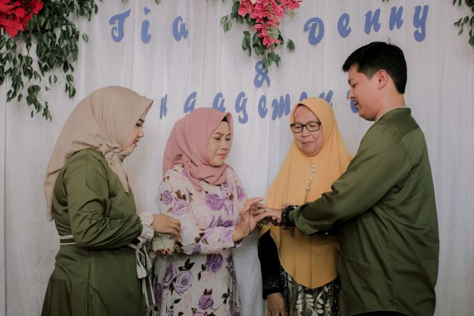The Engagement of Denny & Tia by Fazz Project - 001