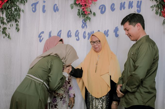 The Engagement of Denny & Tia by Fazz Project - 016