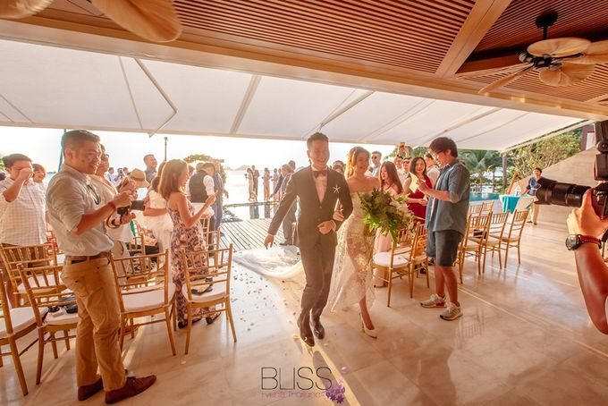 Romantic wedding ceremony on the over water with transparency stage at conrad koh samui by BLISS Events & Weddings Thailand - 011