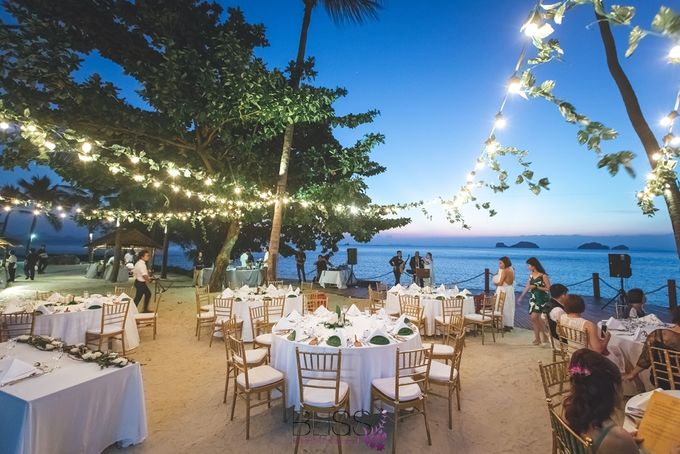 Romantic wedding ceremony on the over water with transparency stage at conrad koh samui by BLISS Events & Weddings Thailand - 016